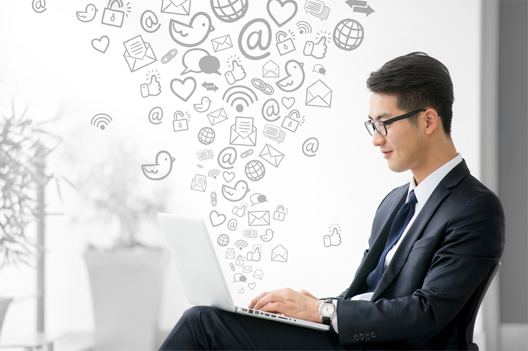 3 Ways Salespeople Can Use Social Media to Sell Better
