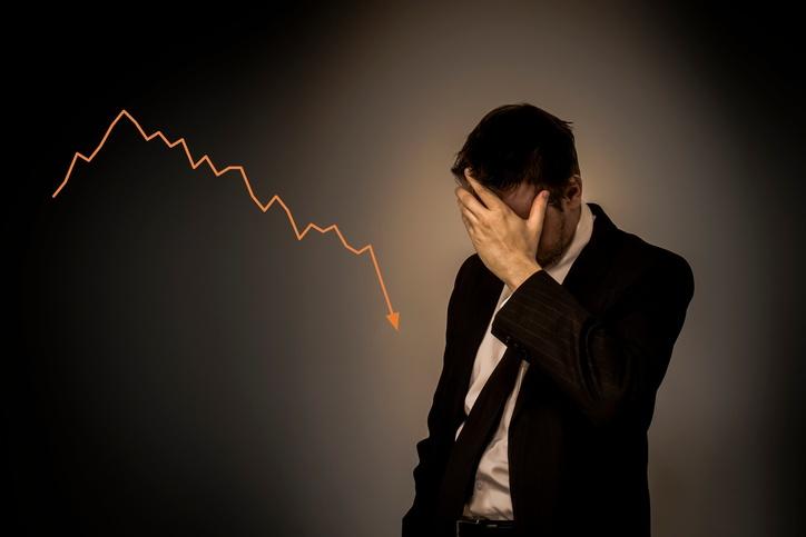 salespeople-kill-end-of-month-sales.jpg