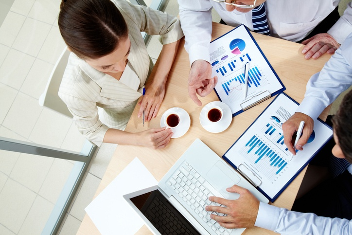 How to Use Social Media Data to Have Better Sales Conversations